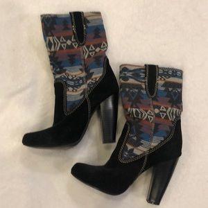 Mia Aztec print boots